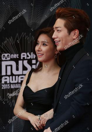 Kim So-eun, Seo Kang-joon South Korea actress Kim So-eun, left and actor Seo Kang-joon pose for a camera on the red carpet of the 2015 Mnet Asian Music Awards (MAMA) in Hong Kong