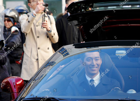 Chinese actor Shawn Dou Xiao arrives to attend the Salvatore Ferragamo men's Fall-Winter 2016-2017 fashion show, part of the Milan Fashion Week, unveiled in Milan, Italy