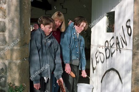 'Emmerdale'  TV - 1995 -  Emma Nightingale [Rachel Ambler] forces Scott Windsor [Toby Cockerell] and Roy Glover [Nicky Evans] to clean off the GRAFFITI.