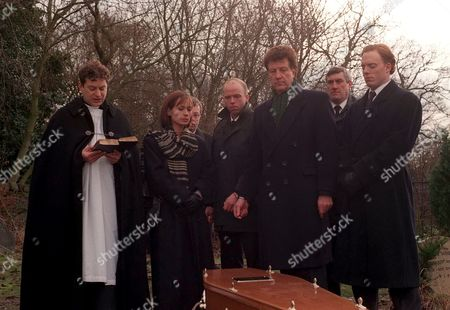 Stock Image of 'Emmerdale'  TV - 1997 - Kim Tate's Funeral, Frank Tate [Norman Bowler]
