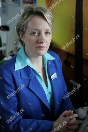 Michelle Holmes in 'Life Begins' - 2006