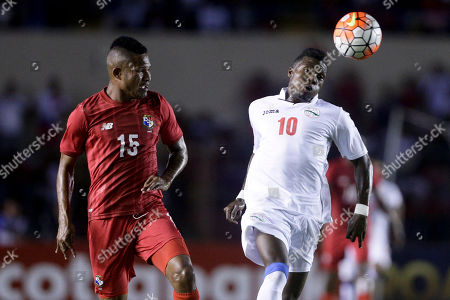 Erick Davis, Arichell Hernandez Panama's Erick Davis, left, and Cuba's Arichell Hernandez, right, fight for the ball during a qualifying soccer playoff ahead of the Copa America Centenario in Panama City