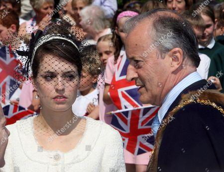 Alexandra Romsey and Lord Braybourne