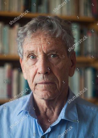 Amos Oz Israeli writer Amos Oz at his house in Tel Aviv