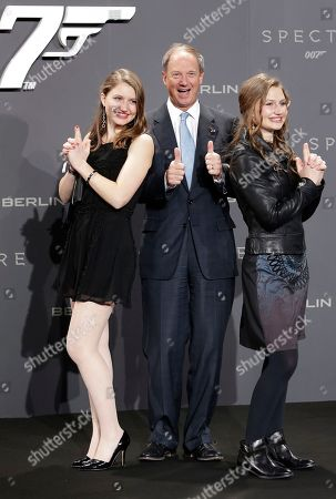 US ambassador John B. Emerson and his daughters Hayley and Taylor arrive for the German premiere of the James Bond movie 'Spectre' in Berlin, Germany