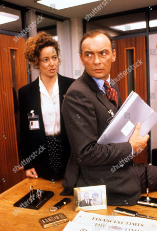 Suzan Crowley and James Faulkner in 'Devices And Desires' - 1991