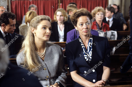 Helena Michell (left) and Suzan Crowley in 'Devices And Desires' - 1991