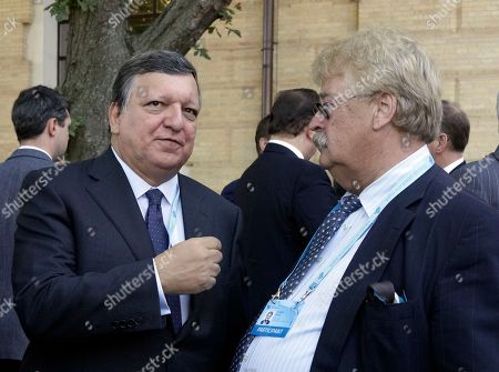 """Jose Manuel Barroso, Elmar Brok Former European Commission President Jose Manuel Barroso, left, talks with German Member of the European Parliament and the current Chairman of the European Parliament Committee on Foreign Affairs Elmar Brok during the 12th Annual Meeting entitled """"At Risk: How New Ukraine's Fate Affects Europe and the World"""" organized by the Yalta European Strategy (YES) in partnership with the Victor Pinchuk Foundation at the Mystetsky Arsenal Art Center in Kiev, Ukraine, . More than 200 leaders from politics, business and society representing more than 20 countries will discuss major global challenges and their impact on Europe, Ukraine and the world"""