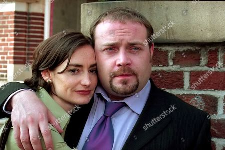 Pooky Quesnel and John Thomson in 'Cold Feet' - 2000