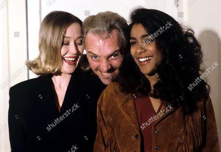 Rik Mayall in 'Rik Mayall Presents' - 1993 L-R Tasmin [Jennifer Ehle], Micky [Rik Mayall]  and Chloe [Kim Vithana]