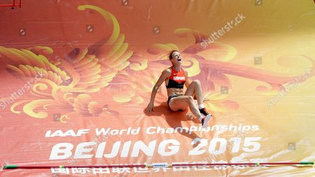 Germany's Silke Spiegelburg reacts after failing with an attempt in women's pole vault qualification at the World Athletics Championships at the Bird's Nest stadium in Beijing