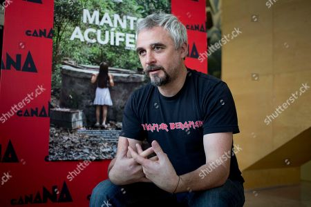 """Michael Rowe Mexican-born Australian director Michael Rowe speaks during an interview in Mexico City, about his film """"Manto Acuifero"""