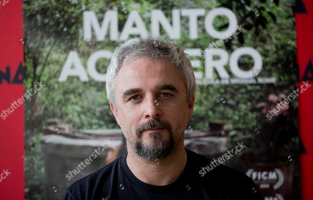 """Michael Rowe Mexican-born Australian director Michael Rowe poses for a portrait after an interview in Mexico City, about his film """"Manto Acuifero"""