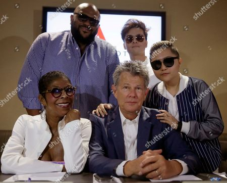 David Foster, Natalie Cole, Charice Pempengco, Ruben Studdard, Mark Mabasa Musician David Foster, front center, poses with singers, clockwise from bottom left, Natalie Cole, Ruben Studdard, Mark Mabasa and Charice Pempengco, following a news conference for their upcoming concert Monday, Aug.17, 2015 at suburban Pasay city, south of Manila, Philippines. Foster will have a one night only concert Tuesday with the artists including Boyz II Men