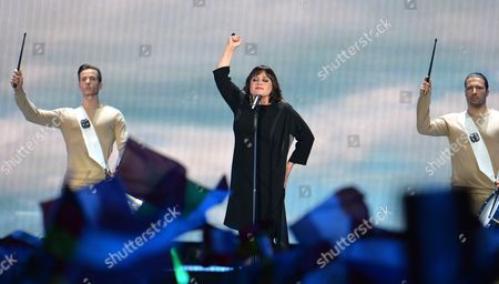 Stock Image of Lisa Angell representing France performs the song 'N'oubliez Pas' during the final of the Eurovision Song Contest in Austria's capital Vienna