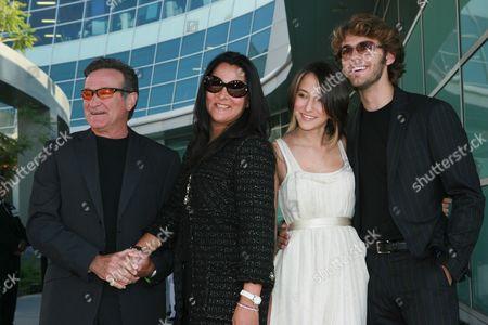 Robin Williams, Marsha Garces, Zelda Williams & Zack Silver
