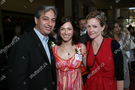 David Shane, Nadine Van Der Velde and Leslie Hope