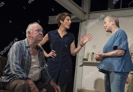 Stock Photo of David Calder as Gus, Tamsin Greig as Empty, Sara Kestelman as Clio,