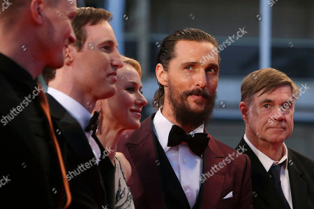 From left, cinematographer Kasper Tuxen, screenwriter Chris Sparling, actors Naomi Watts, Matthew McConaughey, and director Gus Van Sant pose for photographers upon arrival for the screening of the film The Sea of Trees at the 68th international film festival, Cannes, southern France