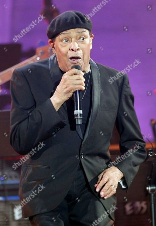 Al Jarreau performs at the U.N.'s culture agency UNESCO, in Paris, France, . World musicians have gathered in Paris for International Jazz Day, to celebrate the city's place in jazz history