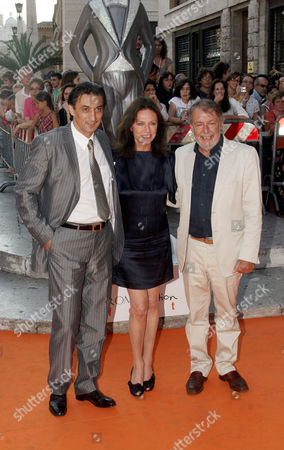 Jacqueline Bisset and husband with Felice Laudadio