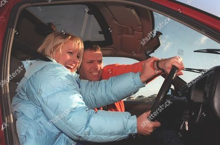 'Emmerdale'  TV - 2000  Kathy Glover [Malandra Burrows] and Graham [Kevin Pallister]