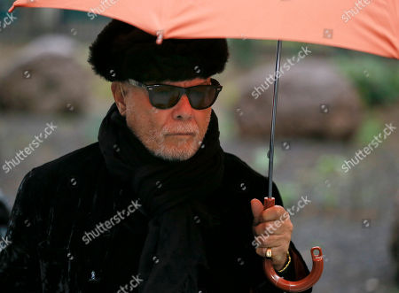 Gary Glitter British pop star Gary Glitter, real name Paul Gadd, arrives at Southwark Crown Court in London, . The jury went out Wednesday to consider their verdict. Gadd is facing historic sex abuse charges dating back to the 1970s