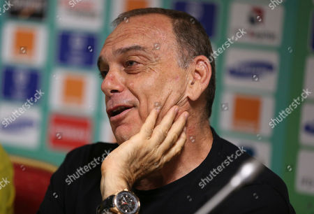 Ghana's head coach Avram Grant speaks during a press conference a head of their African Cup of Nations Finals soccer match with Ivory Coast on Sunday at Estadio De Bata, Equatorial Guinea