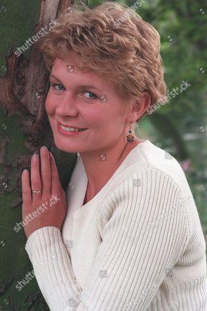 Stock Photo of 'Emmerdale'  TV -  Rachel Hughes (Glenda McKay)