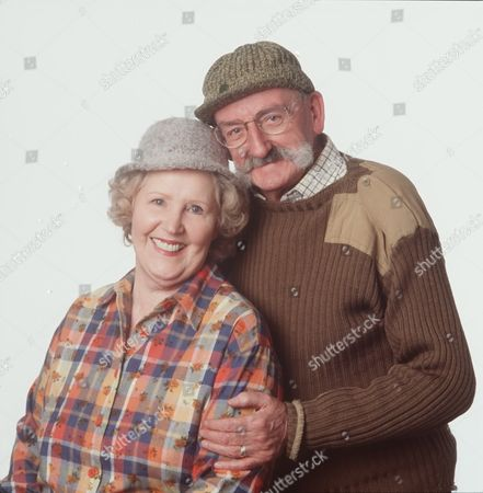 Stock Image of 'Emmerdale'  TV - 2004 Betty (Paula Tilbrook) and Seth (Stan Richards)