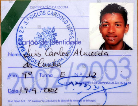 Footballing superstar Luis Nani, who has signed to Manchester United from Sporting Lisbon Picture of Luis Nani at the age of 17 on his  school ID pass