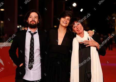 Israel Cardenas Lauria Amelia Guzman Geraldine Chaplin From left, directors Israel Cardenas and Lauria Amelia Guzman and actress Geraldine Chaplin pose on the red carpet for the screening of the movie 'Sand Dollars' at the 9th edition of the Rome Film Festival in Rome