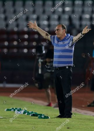 Ghana's head coach Avram Grant, gestures during their African Cup of Nations Group C soccer match against South Africa in Mongomo, Equatorial Guinea
