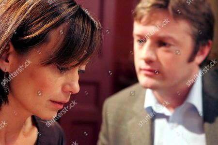 'Emmerdale'  TV - 2005  Pictured: Zoe Tate (Leah Bracknell) decides to tell Callum Rennie (Andrew Whipp) what really happened between her and Scott and reveals her plan to escape. Despite her admission he decides to help.