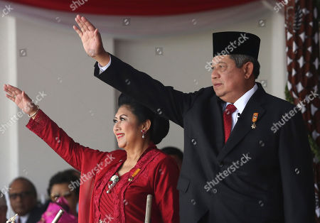 Susilo Bambang Yudhoyono Indonesian President Susilo Bambang Yudhoyono, right, and his wife Ani, wave to the crowds at the end of a flag hoisting ceremony commemorating the country's independence day at Merdeka Palace in Jakarta, Indonesia