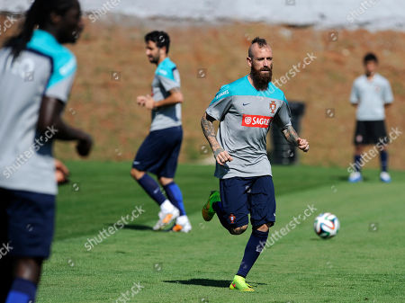 Raul Meireles, Ruben Amorim, Eder From left, Portugal's Raul Meireles, Ruben Amorim and Eder practice during a training session in Campinas, Brazil, . Portugal plays in group G of the Brazil 2014 soccer World Cup