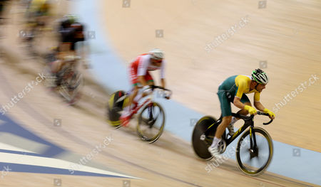 Australia's Jack Bobridge, right, races during the Men's 40km points race final at the Chris Hoy velodrome during the Commonwealth Games Glasgow 2014, Scotland