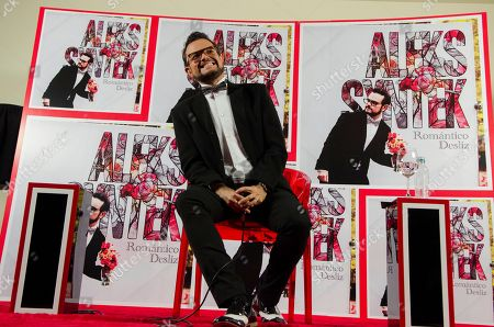 """Aleks Syntek Mexican singer Aleks Syntek smiles during a press conference to promote his newest album, """"Romantico Desliz,"""" at the W Hotel in Mexico City, . Syntek has been a professional musician for 25 years and """"Romantico Desliz,"""" is his 10th album"""