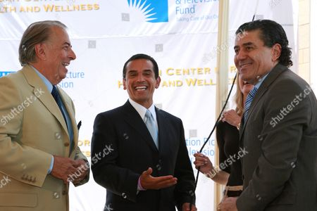 Frank Mancuso, Mayor Antonio Villaraigosa and Haim Saban