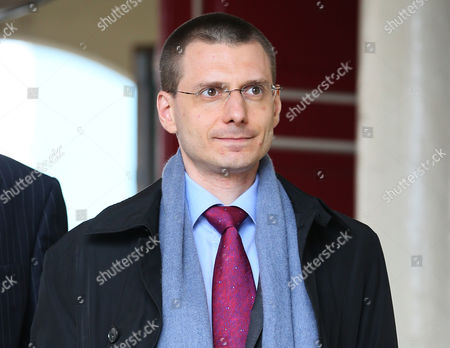 Michael Cotick lawyer of the late Russian oligarch Boris Berezovsky arrives at Windsor Coroners Court, for his inquest in Windsor, England, Wednesday, March, 26, 2014. Berezovsky who changed his name to Platon Elenin died at his home near Windsor in March 2013