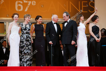 Tommy Lee Jones, Hilary Swank From second right, actress Hilary Swank, director Tommy Lee Jones, Cannes President Gilles Jacob, Dawn Laurel-Jones, actress Sonja Richter and actress Miranda Otto stand at the top of the red carpet for the screening of The Homesman at the 67th international film festival, Cannes, southern France