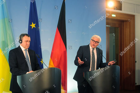Andrii Deshchytsia, Frank-Walter Steinmeier German Foreign Minister Frank-Walter Steinmeier, right, and his Ukrainian counterpart Andrii Deshchytsia brief the media after a meeting at the foreign ministry in Berlin, Germany