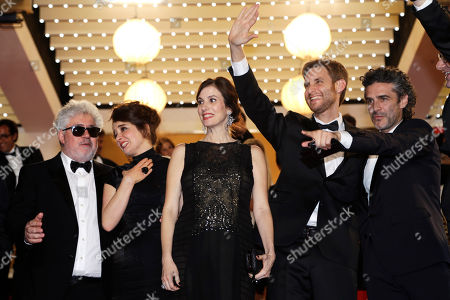 Pedro Almodovar, Erica Rivas, Maria Marull, Damian Szifron Leonardo Sbaraglia From left, producer Pedro Almodovar, actress Erica Rivas, actress Maria Marull, director Damian Szifron and actor Leonardo Sbaraglia, pose for photographers as they leave following the screening of Wild Tales (Relatos Salvajes) at the 67th international film festival, Cannes, southern France. Wild Stories garnered nine Goya nominations