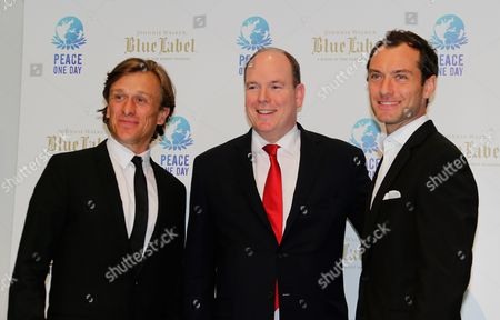 Jeremy Gilley, Jude Law, Albert II of Monaco English actor, filmmaker and founder of the nonprofit organisation Peace One Day, Jeremy Gilley, left, poses with English actor Jude Law, right, and Prince Albert II of Monaco, before the Peace One Day gala in Monaco
