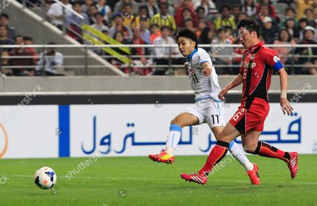 Yu Kobayashi. Kim Jin-kyu Yu Kobayashi, left, of Japan's Kawasaki Frontale scores a goal as Kim Jin-kyu of South Korea's FC Seoul watches during their AFC Champions League Group F soccer match at Seoul World Cup Stadium in Seoul, South Korea