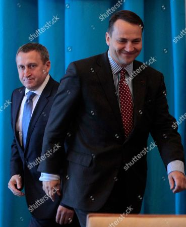 Andrii Deshchytsia, Radoslaw Sikorski Ukraine's Foreign Minister Andrii Deshchytsia, left, and Poland's Foreign Minister, Radoslaw Sikorski, during a meeting in Kiev, Ukraine