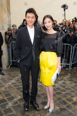 Feng Shaofeng, Ni Ni Chinese actors Feng Shaofeng, left, and Ni Ni arrive to attend the Dior Spring-Summer 2014 Haute Couture fashion collection, presented in Paris