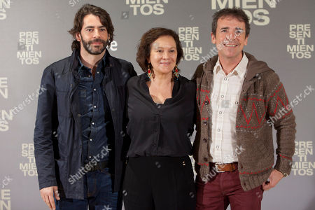 Eduardo Noriega, Clara Sanchez, Santiago Tabernero Spanish actor Eduardo Noriega, Spanish novelist Clara Sanchez and Spanish director Santiago Tabernero pose for photographers during the presentation of the new film 'Presentimientos' in Madrid, Spain