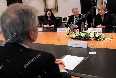 Pauline Marois, Kris Peeters Quebec Premier Pauline Marois, right, attends a meeting with Flanders Minister-President Kris Peeters at his office in Brussels