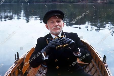 'Jeeves and Wooster' - 1990 - Chichester Clam [John Cater] on Central Park Lake.